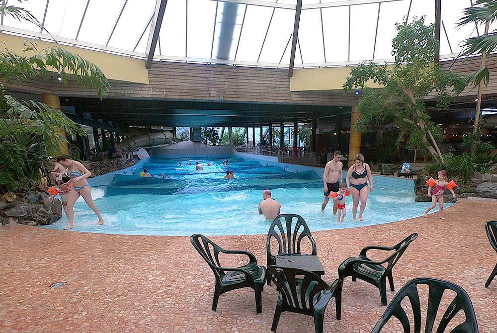 Het Vennenbos Zwembad.Parkreview Landal Het Vennenbos