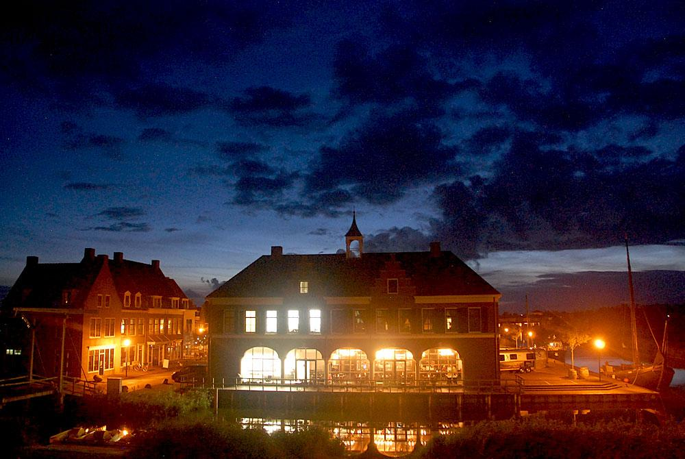 Landal Esonstad by night